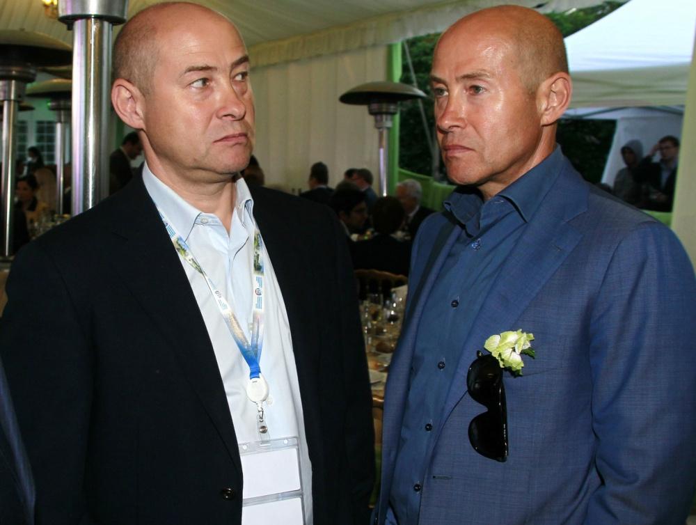 Слева направо: Михаил и Борис Зингаревичи