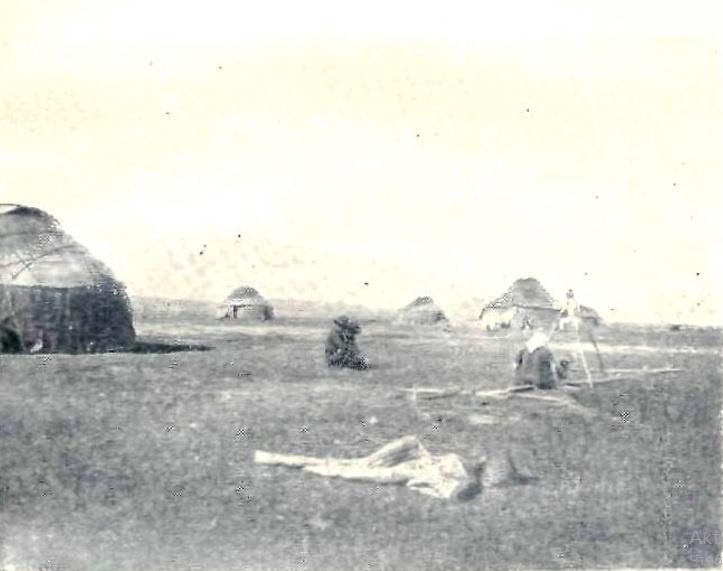 Сусамырская дорога у реки Каракол