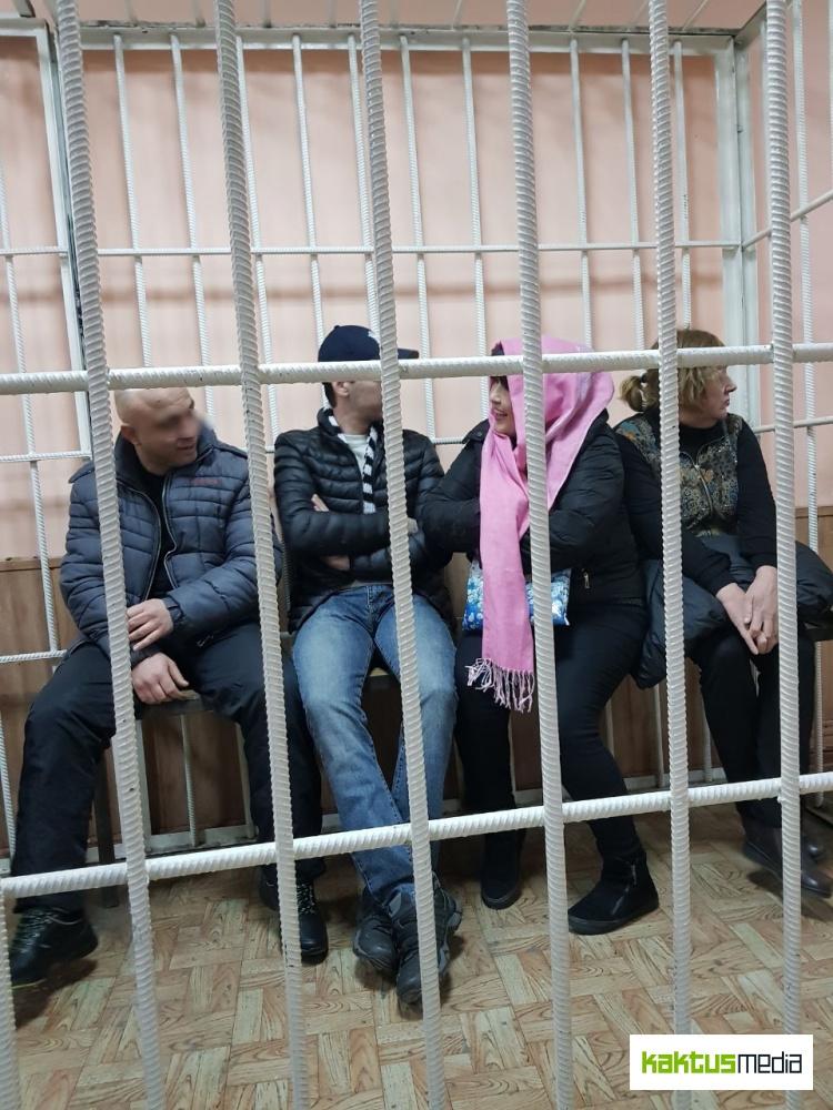 """""""Помощники Путина""""  выманили у пенсионеров Кыргызстана миллионы сомов"""
