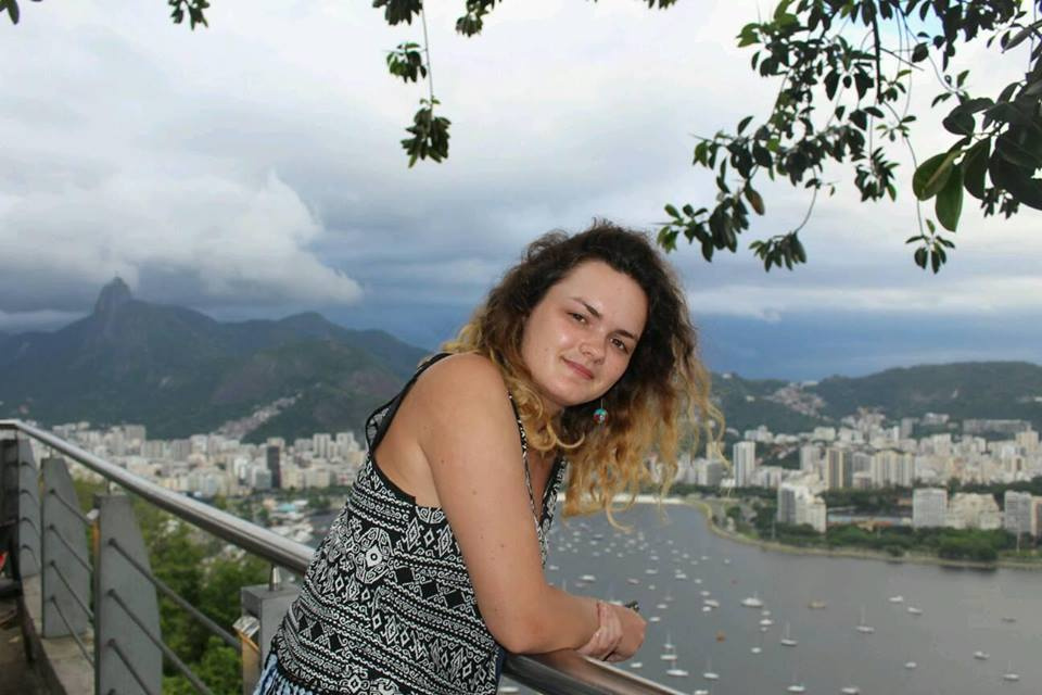 v-brazilii-mnogo-krasivih-devushek-video