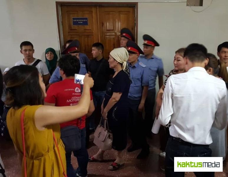 Бишкекский горсуд оставил Сапара Исакова в СИЗО ГКНБ