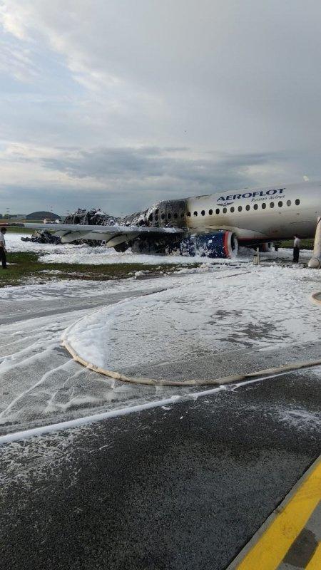Сгоревший SSJ-100 в Шереметьево ГУ МЧС по Московской области