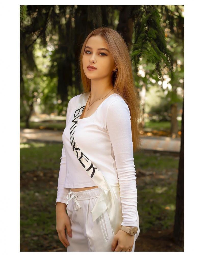 """Лучшие после лучшей. Кто занял призовые места на """"Мисс Кыргызстан - 2019""""?"""